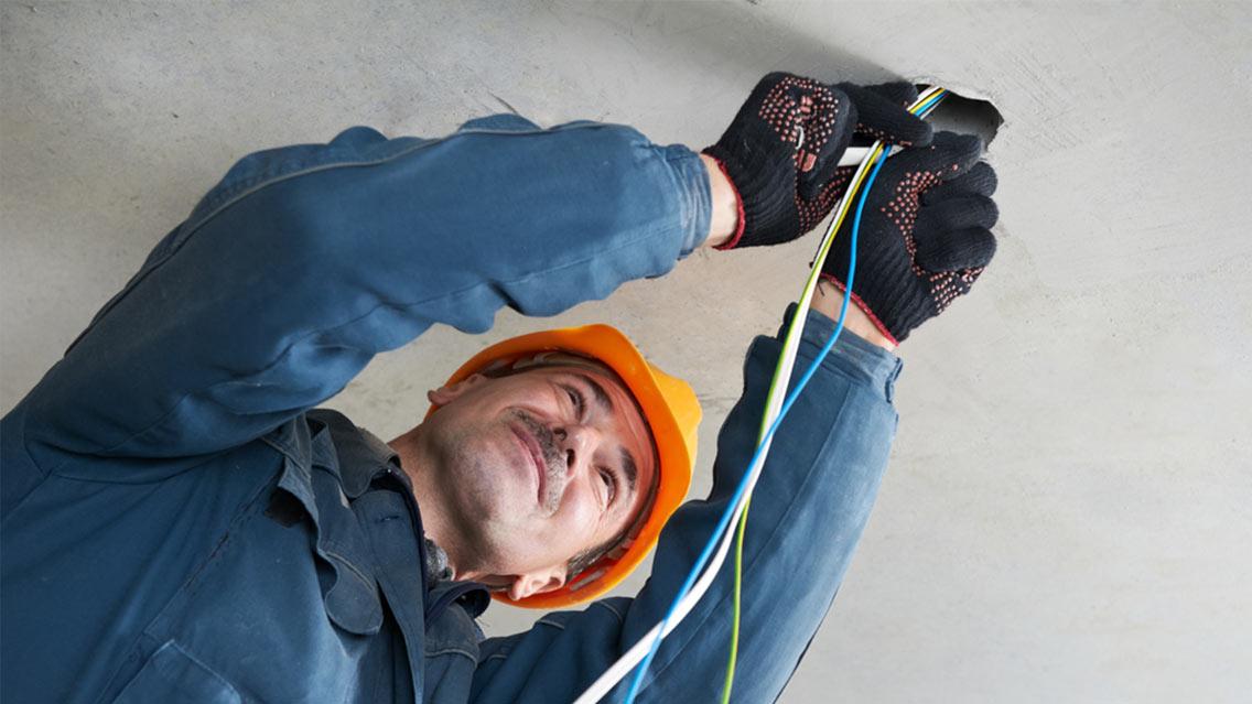 Electrical Installation  U0026 Testing